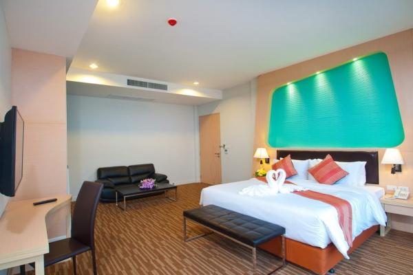 room11BB2DAEDB-A35B-A02B-26C4-F11510B745F7.jpg