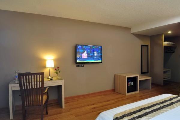 03bobsons-suite-room_exposure1C201A8C-A0B4-CEC9-2C1A-D33C00AC7AC3.jpg