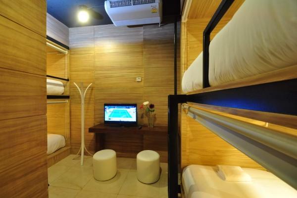 room28ED19E12-F971-2871-1D88-A54E3E0E4059.jpg