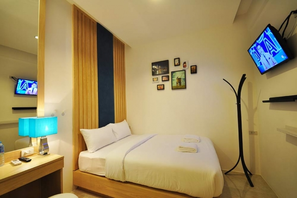 room35AD2DF30-3593-E907-8677-7E379B42ADF8.jpg