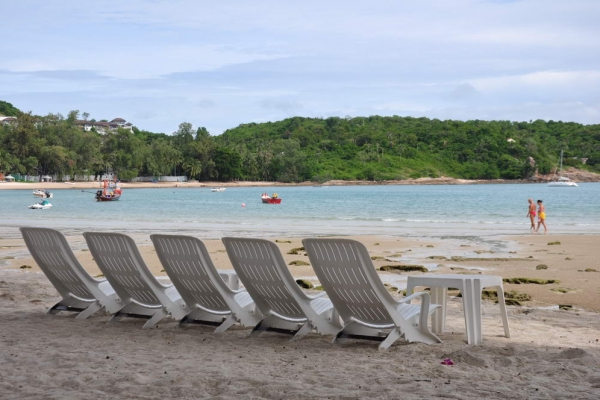 beach-day34640C3AC-7E8E-E3B9-D953-416A71DCED6B.jpg