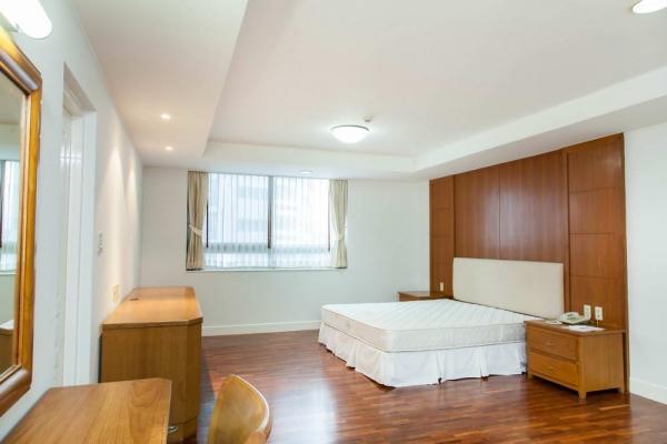 room083DF144D8-9970-1DC8-DE90-3FDAE45944DF.jpg