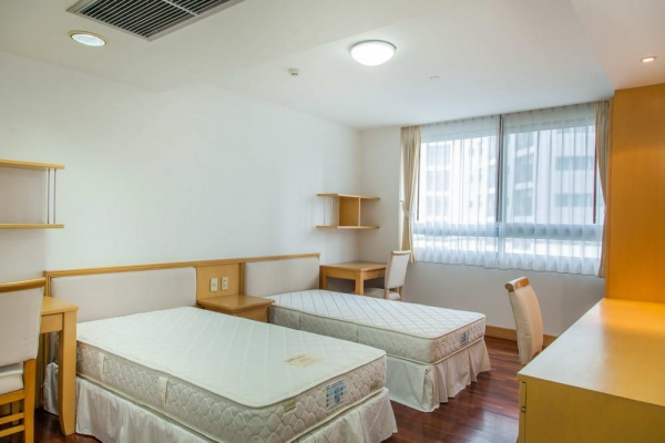 room11B9B4915A-1A52-9DA9-CC20-74C8EFC43A82.jpg