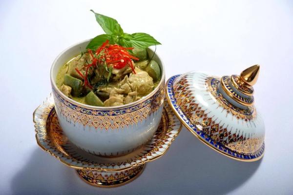 04thai-food52E25684-7926-33D7-25EE-FC549AF5F575.jpg