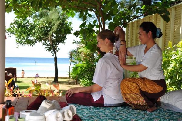 thai-massage13749183B-98BA-B27A-FE10-4D32F3F253C8.jpg